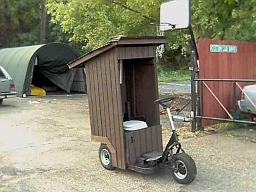Scooter con WC a presso