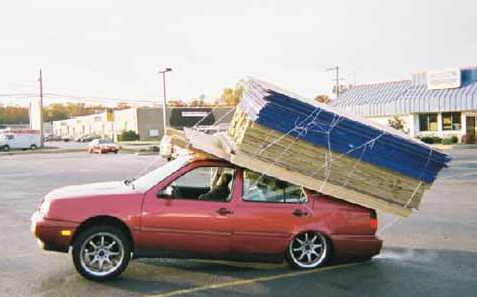 Ecco cosa può succedere se carichi troppo l'auto ?