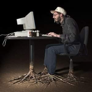 Stare troppo davanti al PC fa mette le radici