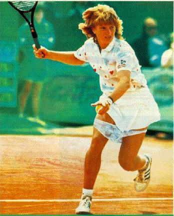Questa tennista perde le mutandine
