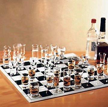 Una scacchiera per gli amanti delal grappa e del wisky