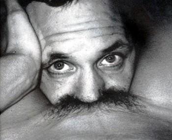 Sto bene con i baffi?